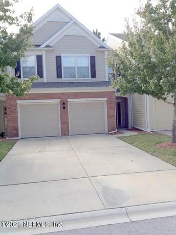 11107 Castlemain Cir S, Jacksonville, FL 32256 (MLS #1137397) :: The Hanley Home Team