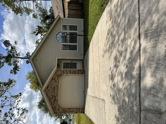 1854 Quebec Ct, Middleburg, FL 32068 (MLS #1137404) :: Berkshire Hathaway HomeServices Chaplin Williams Realty