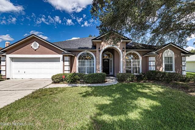 11033 Lydia Estates Dr W, Jacksonville, FL 32218 (MLS #1137416) :: The Huffaker Group