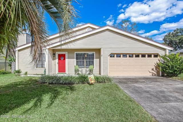 562 James Wilson Cir, Orange Park, FL 32073 (MLS #1137470) :: EXIT 1 Stop Realty