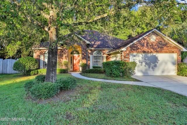 5249 Oxford Crest Dr, Jacksonville, FL 32258 (MLS #1137627) :: Memory Hopkins Real Estate