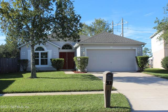 8838 Shindler Crossing Dr, Jacksonville, FL 32222 (MLS #1137659) :: The Hanley Home Team