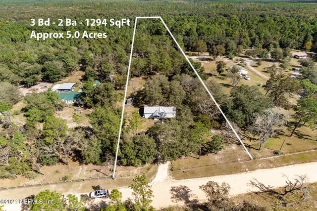 5840 Indian Trl, Keystone Heights, FL 32656 (MLS #1137663) :: The Huffaker Group
