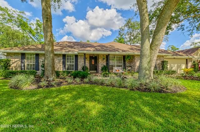 11541 Sedgemoore Dr S, Jacksonville, FL 32223 (MLS #1137677) :: The Hanley Home Team
