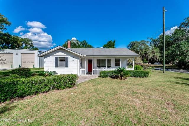517 Clinton Dr, Orange Park, FL 32073 (MLS #1137775) :: The Hanley Home Team