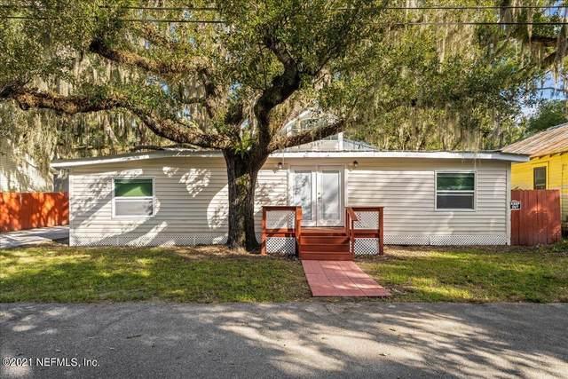 114 Putnam Ave, East Palatka, FL 32131 (MLS #1137866) :: The Hanley Home Team