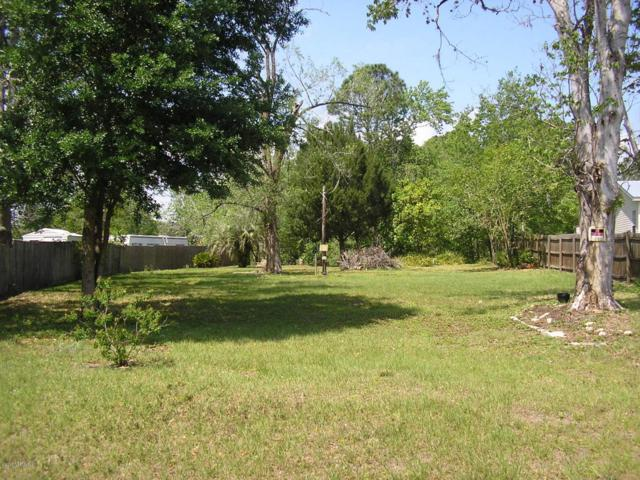 106 Basin Dr, Palatka, FL 32177 (MLS #875247) :: Keller Williams Atlantic Partners