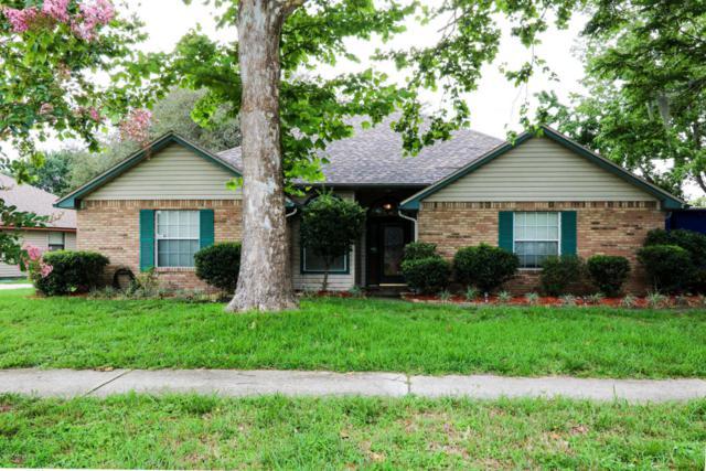 957 Sweetwood Ct, Orange Park, FL 32065 (MLS #888544) :: EXIT Real Estate Gallery