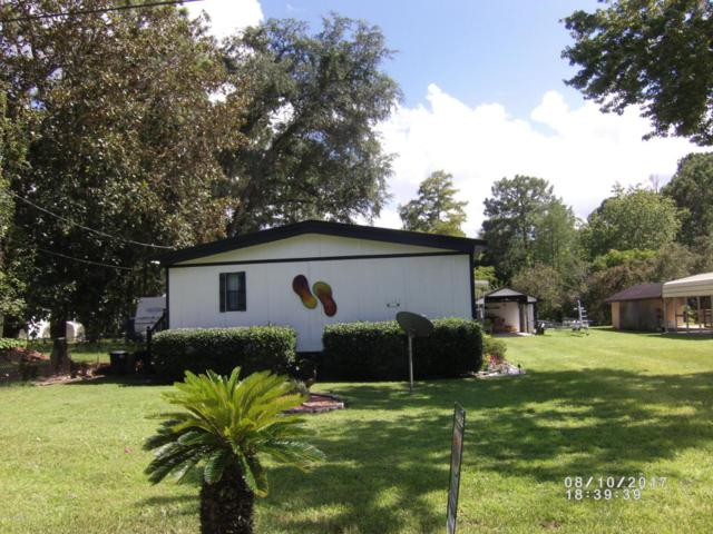 117 Sportsman Rd, Satsuma, FL 32189 (MLS #896073) :: EXIT Real Estate Gallery
