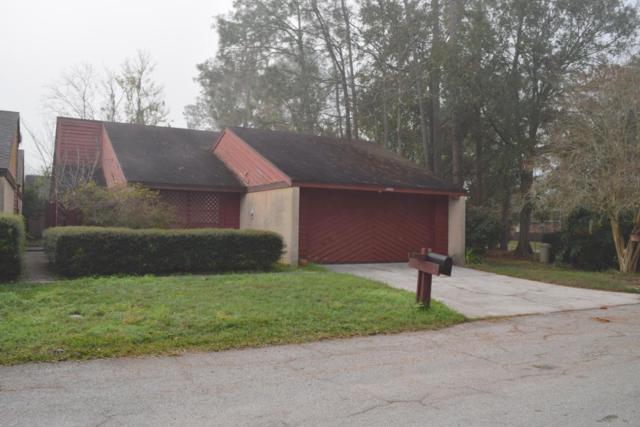 3402 Fairbanks Grant Rd N, Jacksonville, FL 32223 (MLS #896968) :: EXIT Real Estate Gallery