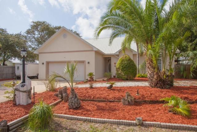 365 Seabreeze Ave, St Augustine, FL 32080 (MLS #899807) :: EXIT Real Estate Gallery