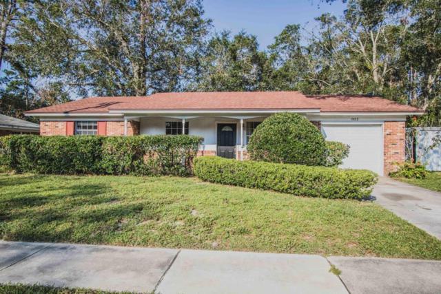 1922 Grove Park Dr, Orange Park, FL 32073 (MLS #901760) :: EXIT Real Estate Gallery