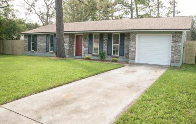 2835 Tanglewood Blvd, Orange Park, FL 32065 (MLS #901882) :: EXIT Real Estate Gallery