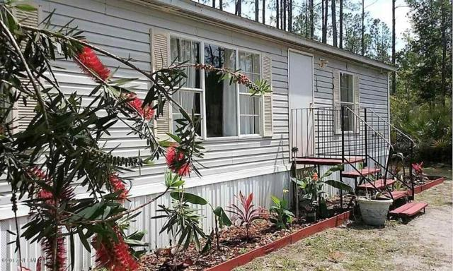 108 NW 8TH Ave, Palatka, FL 32177 (MLS #903144) :: EXIT Real Estate Gallery