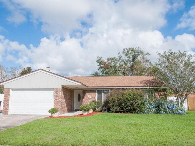 1724 Debbie Ln, Orange Park, FL 32073 (MLS #904982) :: EXIT Real Estate Gallery