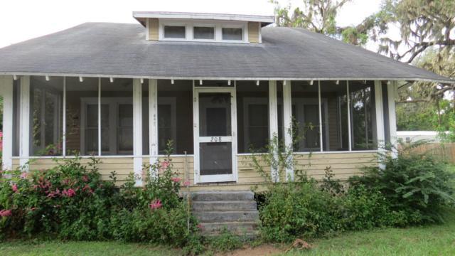 208 Summit St, Crescent City, FL 32112 (MLS #905168) :: St. Augustine Realty