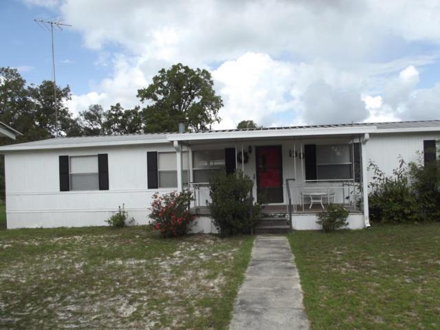 130 Ash St, Hawthorne, FL 32640 (MLS #906664) :: EXIT Real Estate Gallery