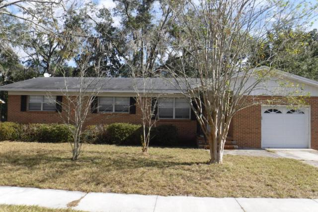 1837 Grove Park Dr, Orange Park, FL 32073 (MLS #910188) :: Sieva Realty