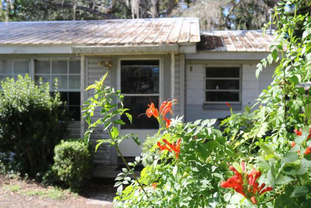107 N Long Ave, Interlachen, FL 32148 (MLS #911257) :: EXIT Real Estate Gallery