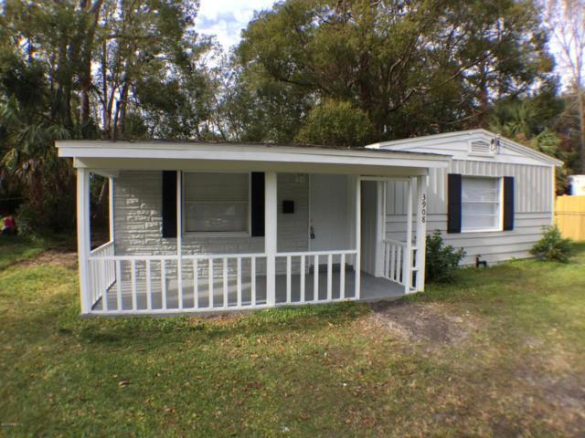 3908 Cottonwood Ln, Jacksonville, FL 32207 (MLS #913626) :: EXIT Real Estate Gallery