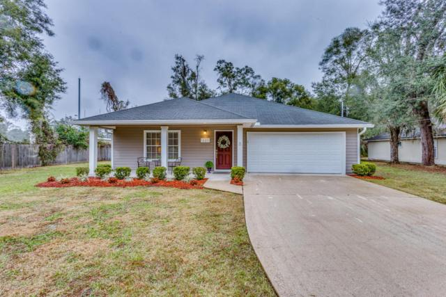 1220 Travers Rd, GREEN COVE SPRINGS, FL 32043 (MLS #914462) :: EXIT Real Estate Gallery