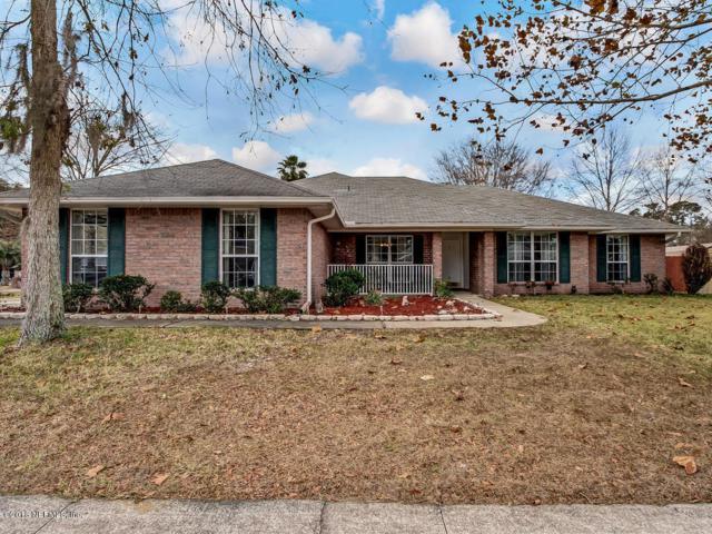 3176 Fieldcrest Dr, Middleburg, FL 32068 (MLS #916136) :: EXIT Real Estate Gallery