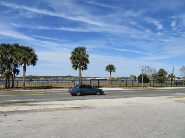 4535 Ocean St, Jacksonville, FL 32233 (MLS #916335) :: EXIT Real Estate Gallery