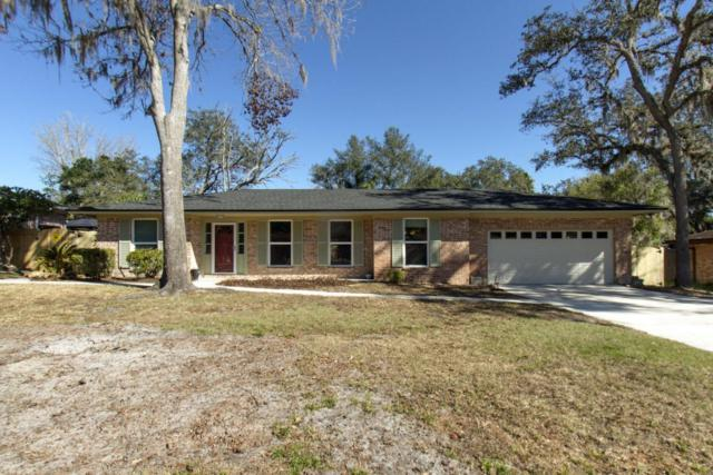 2874 Marion Ct W, Orange Park, FL 32073 (MLS #916353) :: RE/MAX WaterMarke