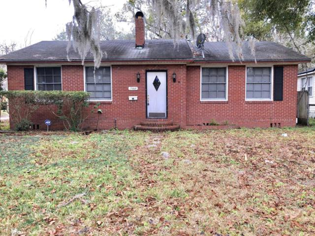 7004 Bloxham Ave, Jacksonville, FL 32208 (MLS #916679) :: EXIT Real Estate Gallery