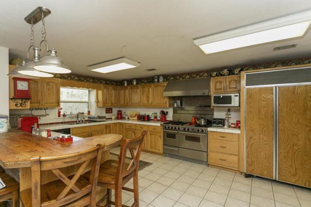 67108 Horne Ln, Yulee, FL 32097 (MLS #918761) :: EXIT Real Estate Gallery