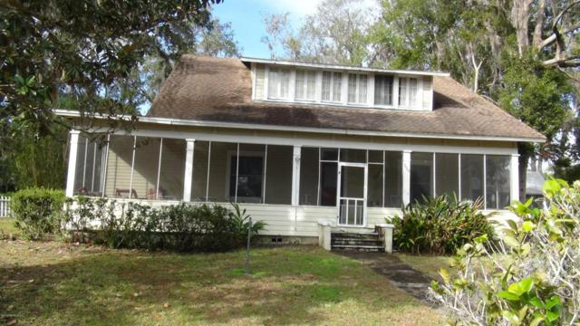 128 S Prospect St, Crescent City, FL 32112 (MLS #919741) :: EXIT Real Estate Gallery