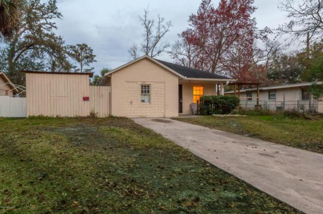 4131 Spring Park Cir, Jacksonville, FL 32207 (MLS #920418) :: EXIT Real Estate Gallery