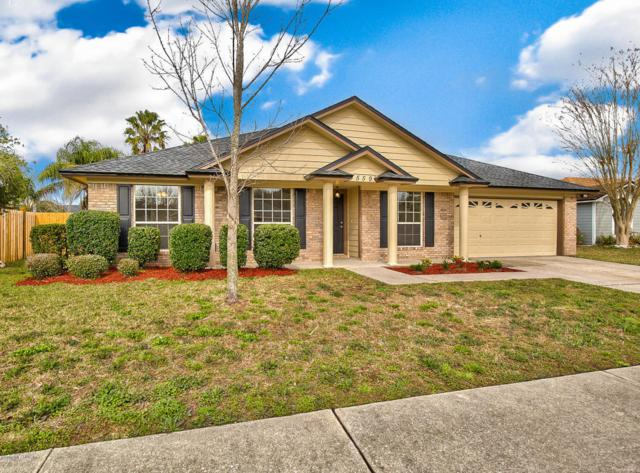 4559 Carriage Crossing Dr, Jacksonville, FL 32258 (MLS #920640) :: EXIT Real Estate Gallery