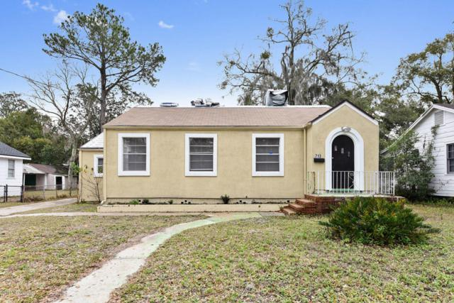 7135 Lucky Dr W, Jacksonville, FL 32208 (MLS #921215) :: EXIT Real Estate Gallery