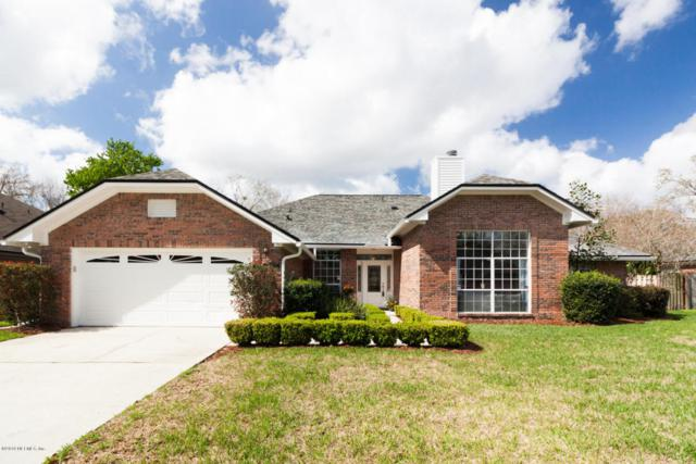 9214 Jaybird Cir W, Jacksonville, FL 32257 (MLS #922044) :: EXIT Real Estate Gallery