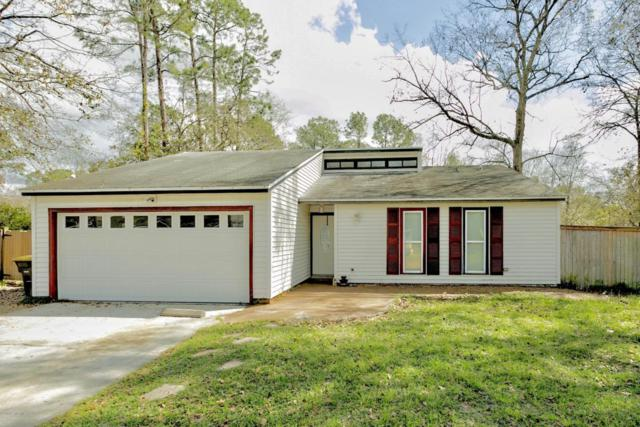 8309 Coralberry Ln, Jacksonville, FL 32244 (MLS #922847) :: EXIT Real Estate Gallery