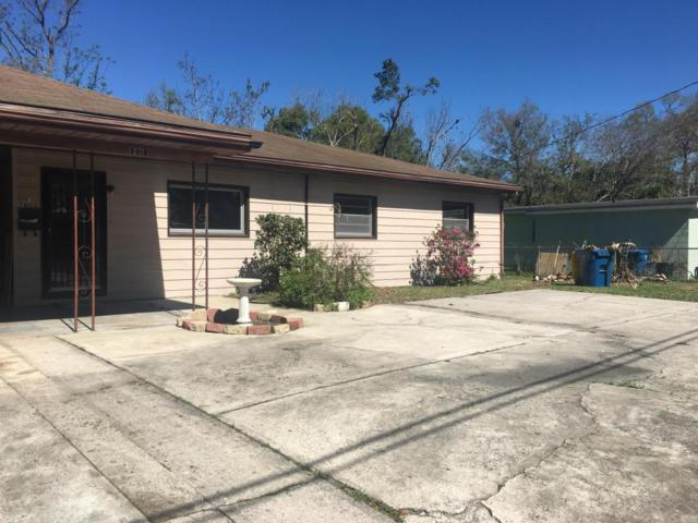 7015 King Arthur Rd N, Jacksonville, FL 32211 (MLS #923506) :: EXIT Real Estate Gallery