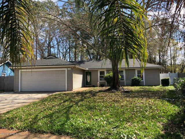 11571 N Ride Cir E, Jacksonville, FL 32223 (MLS #924656) :: EXIT Real Estate Gallery