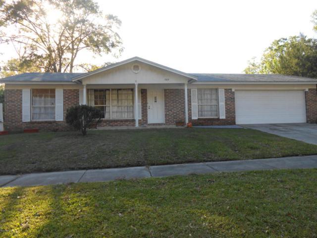1504 Rebecca Dr, Jacksonville, FL 32221 (MLS #927975) :: EXIT Real Estate Gallery