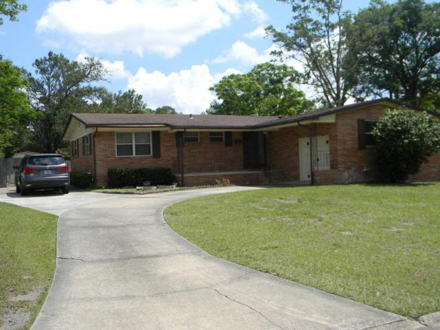 1025 W Lawfin St, Jacksonville, FL 32211 (MLS #929403) :: St. Augustine Realty