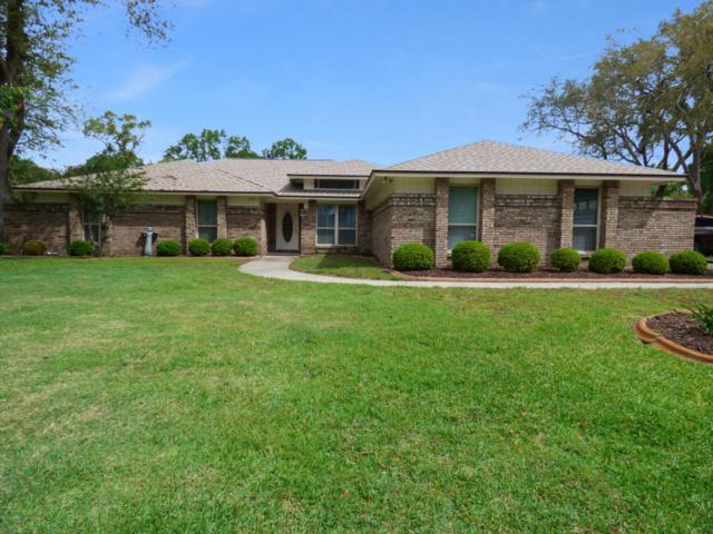282 Devonshire Ln, Orange Park, FL 32073 (MLS #930058) :: EXIT Real Estate Gallery