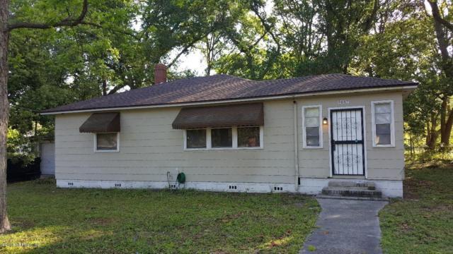 9007 Van Buren Ave, Jacksonville, FL 32208 (MLS #930298) :: The Hanley Home Team