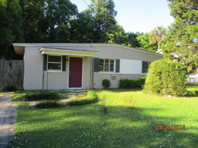 1104 W Pratt St, Starke, FL 32091 (MLS #932754) :: EXIT Real Estate Gallery