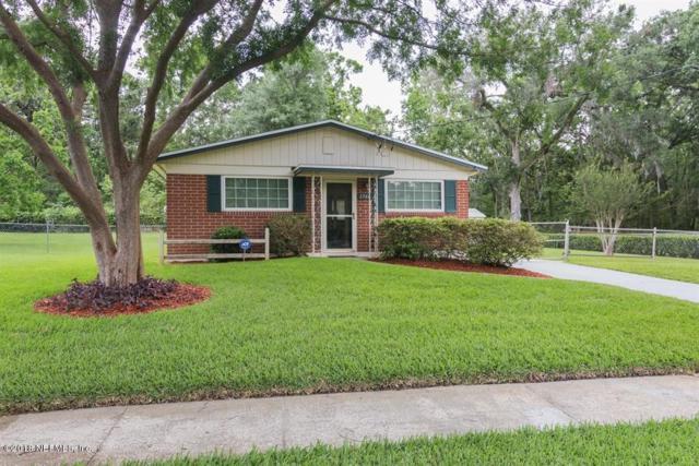 2566 Hugh Edwards Dr, Jacksonville, FL 32210 (MLS #932762) :: RE/MAX WaterMarke