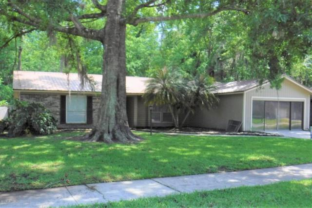 1413 Dolphin St, Orange Park, FL 32073 (MLS #933333) :: EXIT Real Estate Gallery