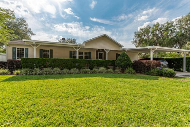 207 Camellia Dr, Satsuma, FL 32189 (MLS #933556) :: St. Augustine Realty