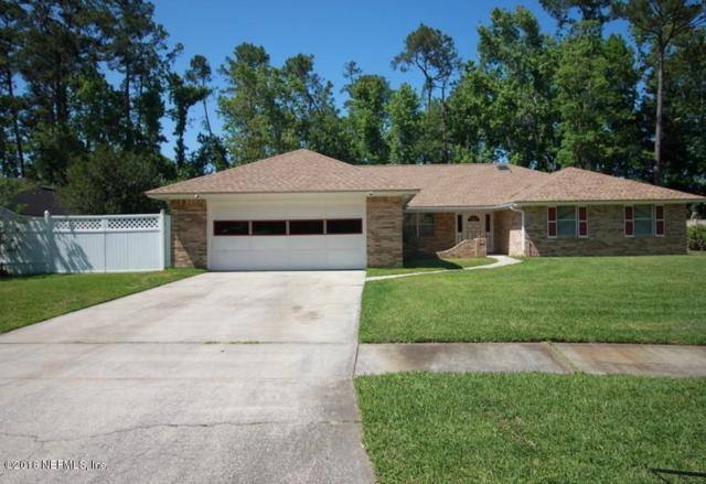 2563 Stonebridge Dr, Jacksonville, FL 32223 (MLS #933956) :: RE/MAX WaterMarke