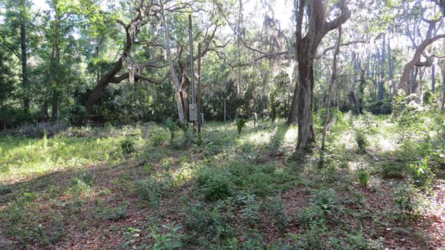 131 Clemons Rd, Crescent City, FL 32112 (MLS #935222) :: CrossView Realty