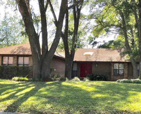 290 Gleneagles Dr, Orange Park, FL 32073 (MLS #935364) :: EXIT Real Estate Gallery