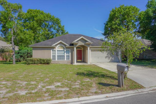 8054 Macnaughton Dr, Jacksonville, FL 32244 (MLS #935480) :: The Hanley Home Team